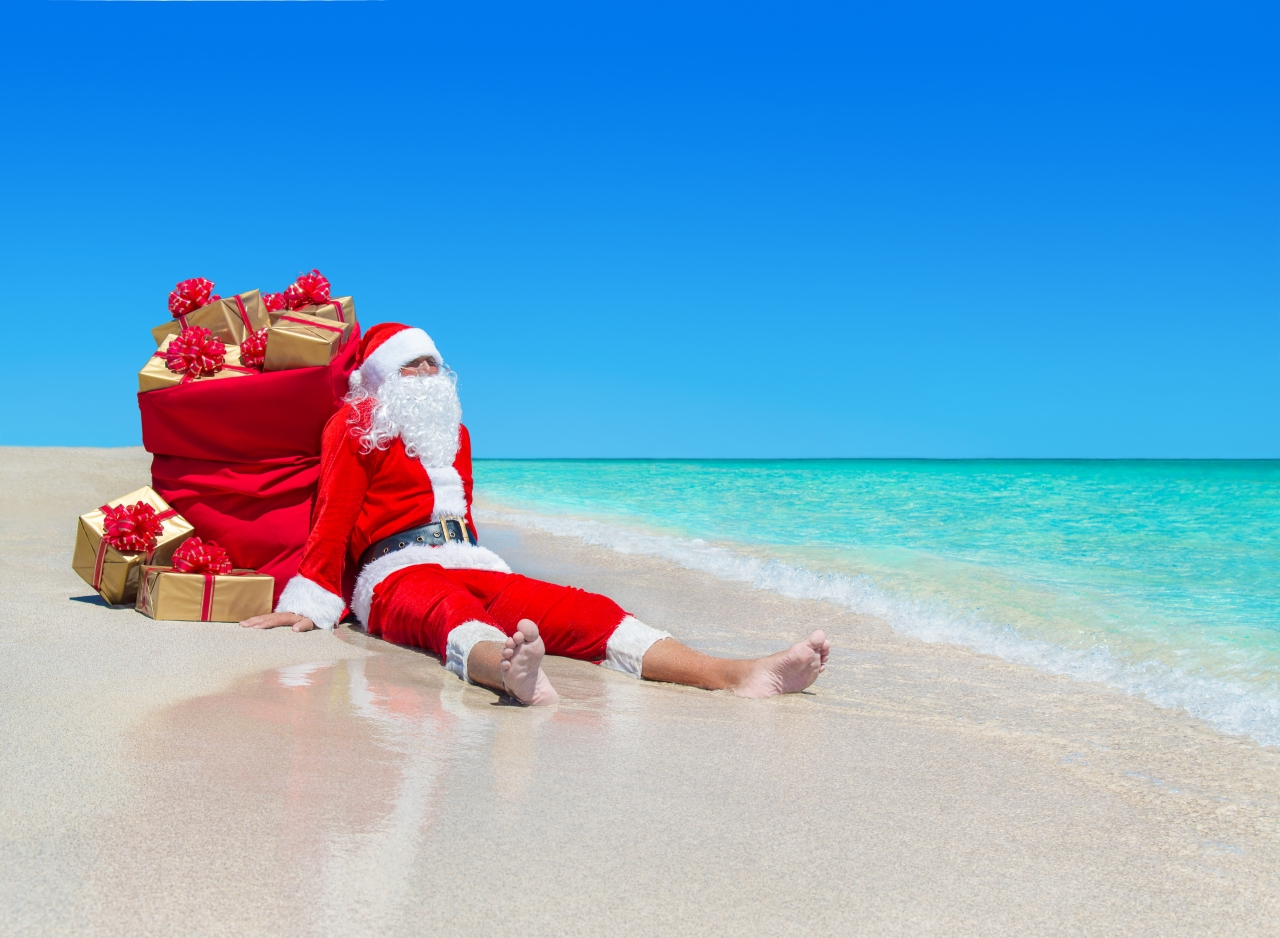Santa at the Beach - Save for the Holidays | SOLFCU