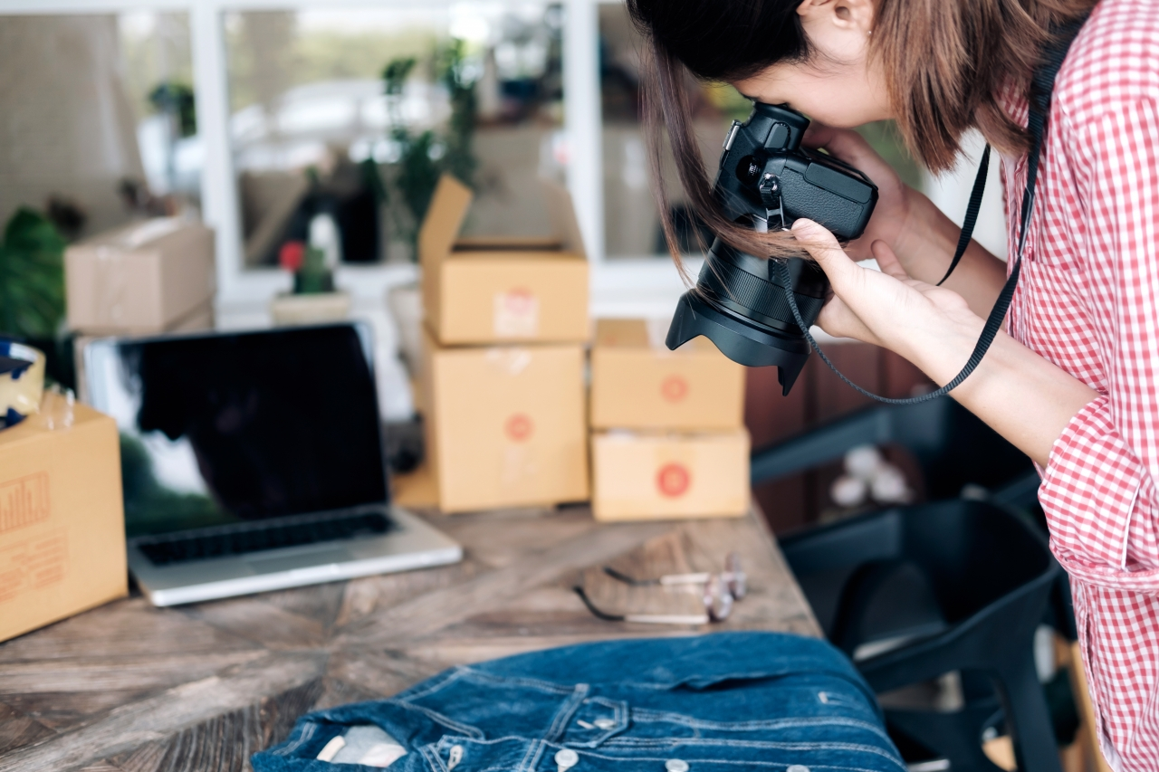 Selling Your Stuff Online | SOLFCU Financial Tips